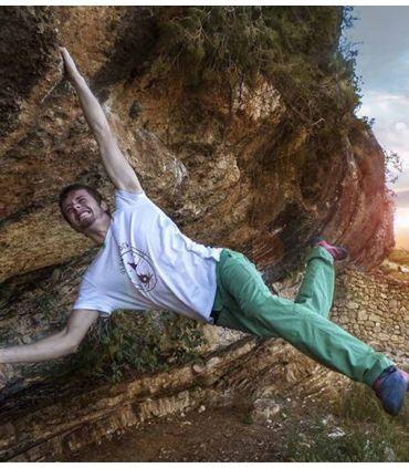 Earth men's white climbing and trekking cotton T-shirt