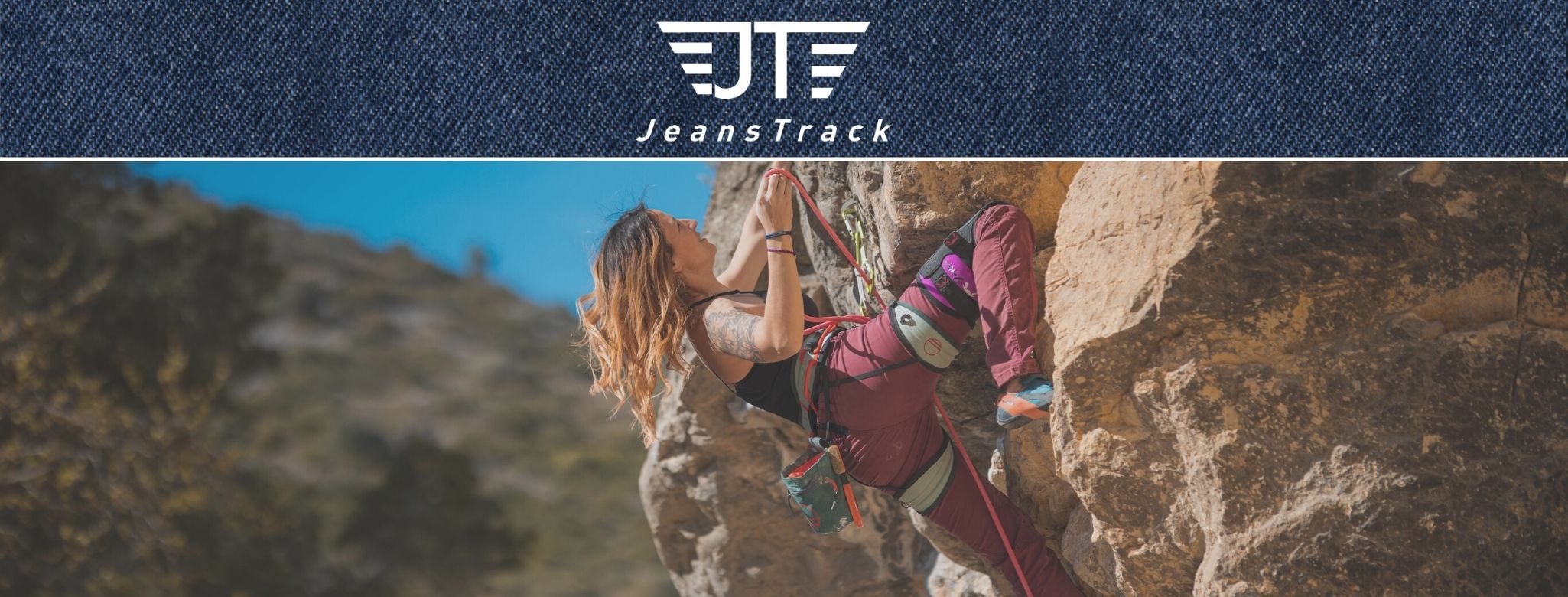 Jeanstrack. Climbing and Trekking Technical Clothes for women